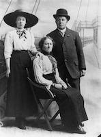 Portrait of the Benvenuti family, 24 May, 1913